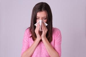 花粉症の鼻のかみすぎで皮むけカピカピ、鼻下の肌荒れの対処法!