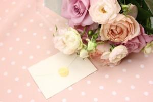 卒業式や謝恩会の花束の値段は?花言葉は?メッセージカードの例文?