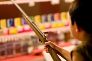 お祭りでの屋台の射的のコツは?屋台での射的のルールとは?