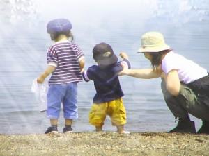 子供に日焼け止めは必要なの?防止するには?いつからぬる方がいい?
