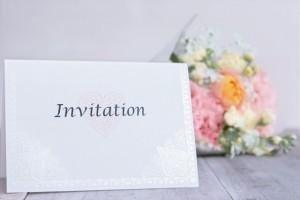 結婚式の祝電の送り方は?宛名の書き方やいつまでに送る?