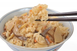 炊き込みご飯は冷凍するとどれくらい日持ちするの?冷凍方法は?